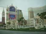 Gerbang depan Venetian Hotel and Casino Macau...